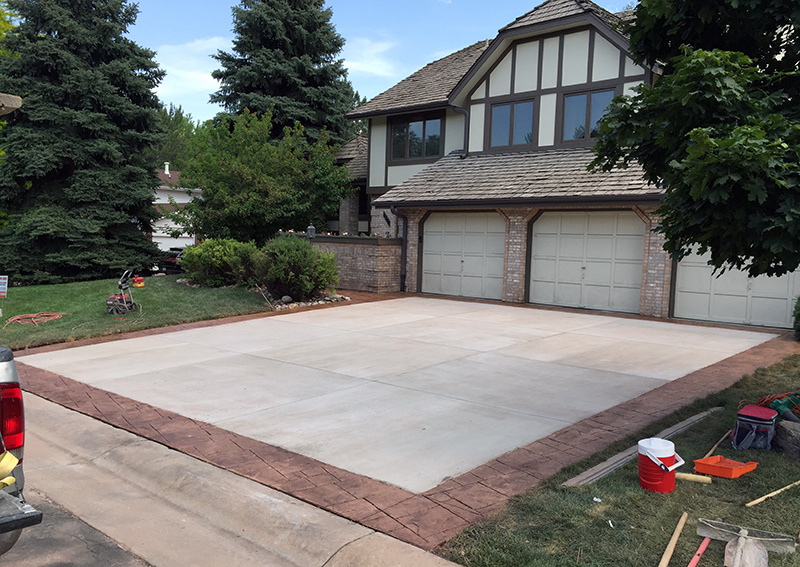 Stamped Concrete Boarder around Driveway in Littleton, CO